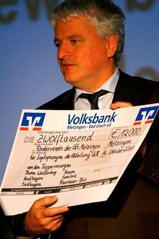Bogenrieder Scheckuebergabe